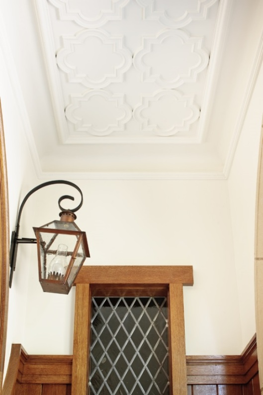 Glave&Holmes-Look Up-Residence Stairwell